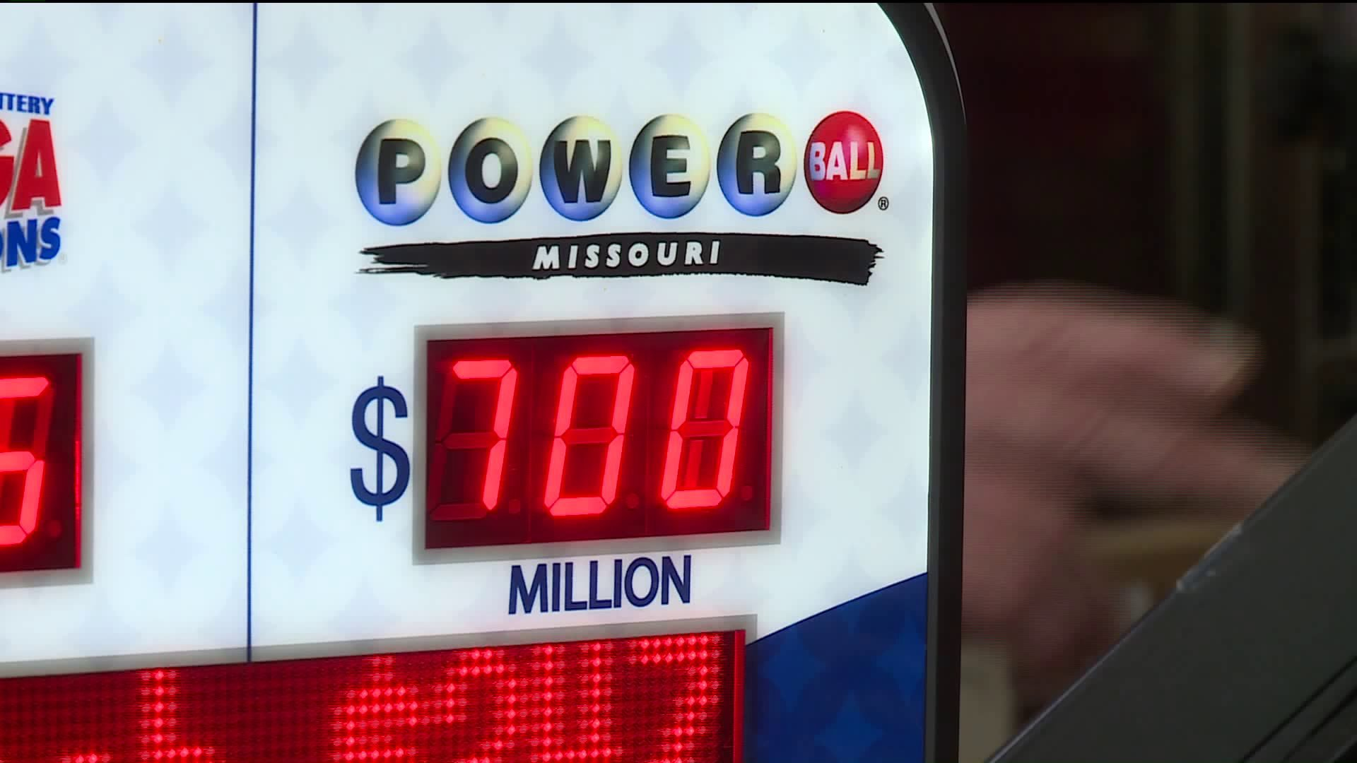 was the powerball hit last night photo - 1