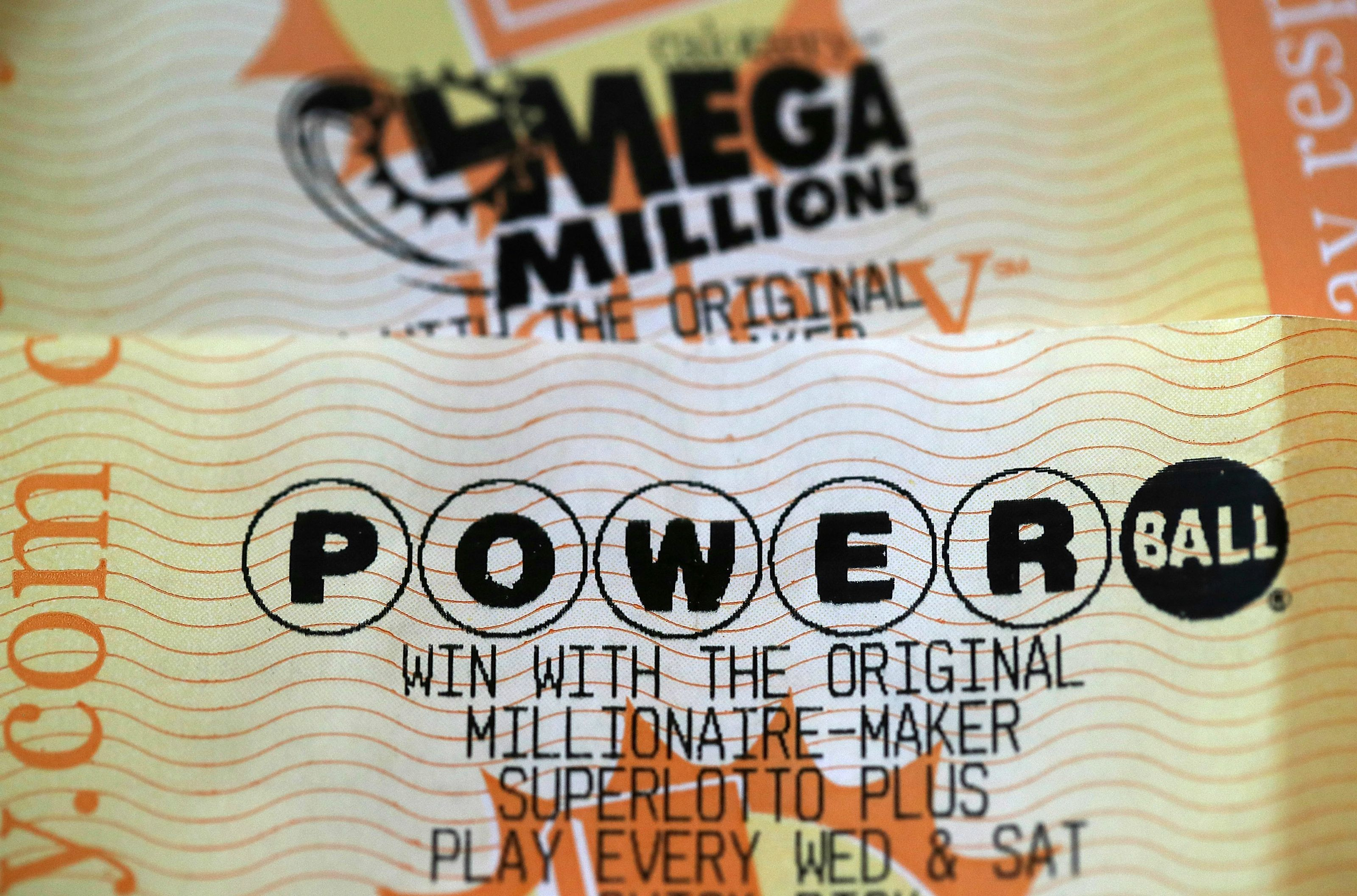 will powerball hit 1 billion photo - 1