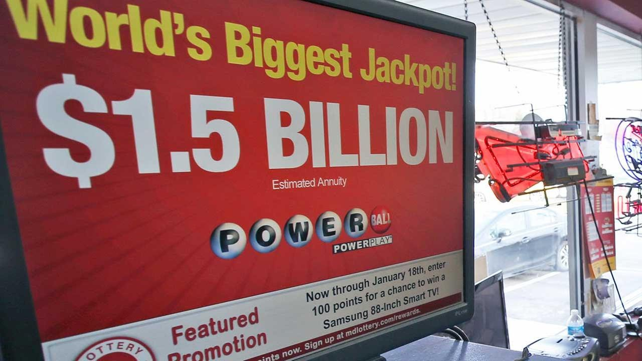 1.5 billion powerball winners photo - 1