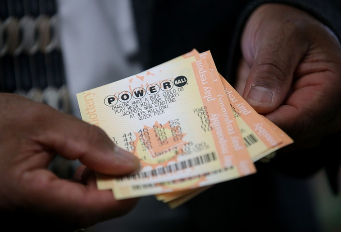 anybody win the powerball photo - 1